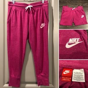Nike | Magenta Pink Vintage Sport Organic Capri
